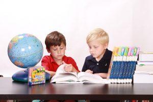שולחן כתיבה לילדים